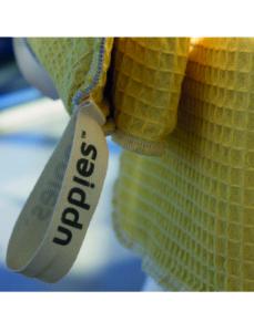 Wikkelcape Uppies geel, badcape